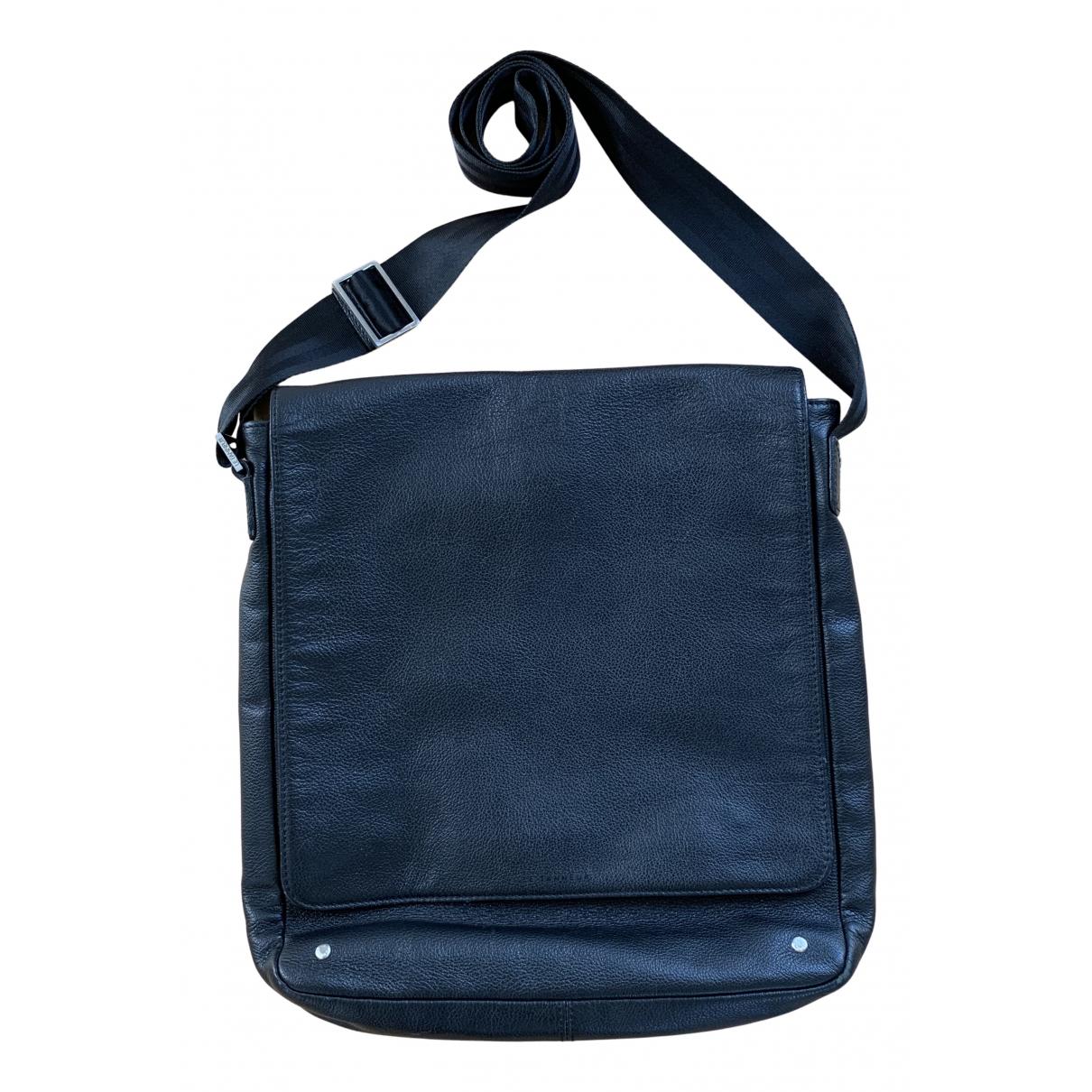 Le Tanneur N Black Leather bag for Men N