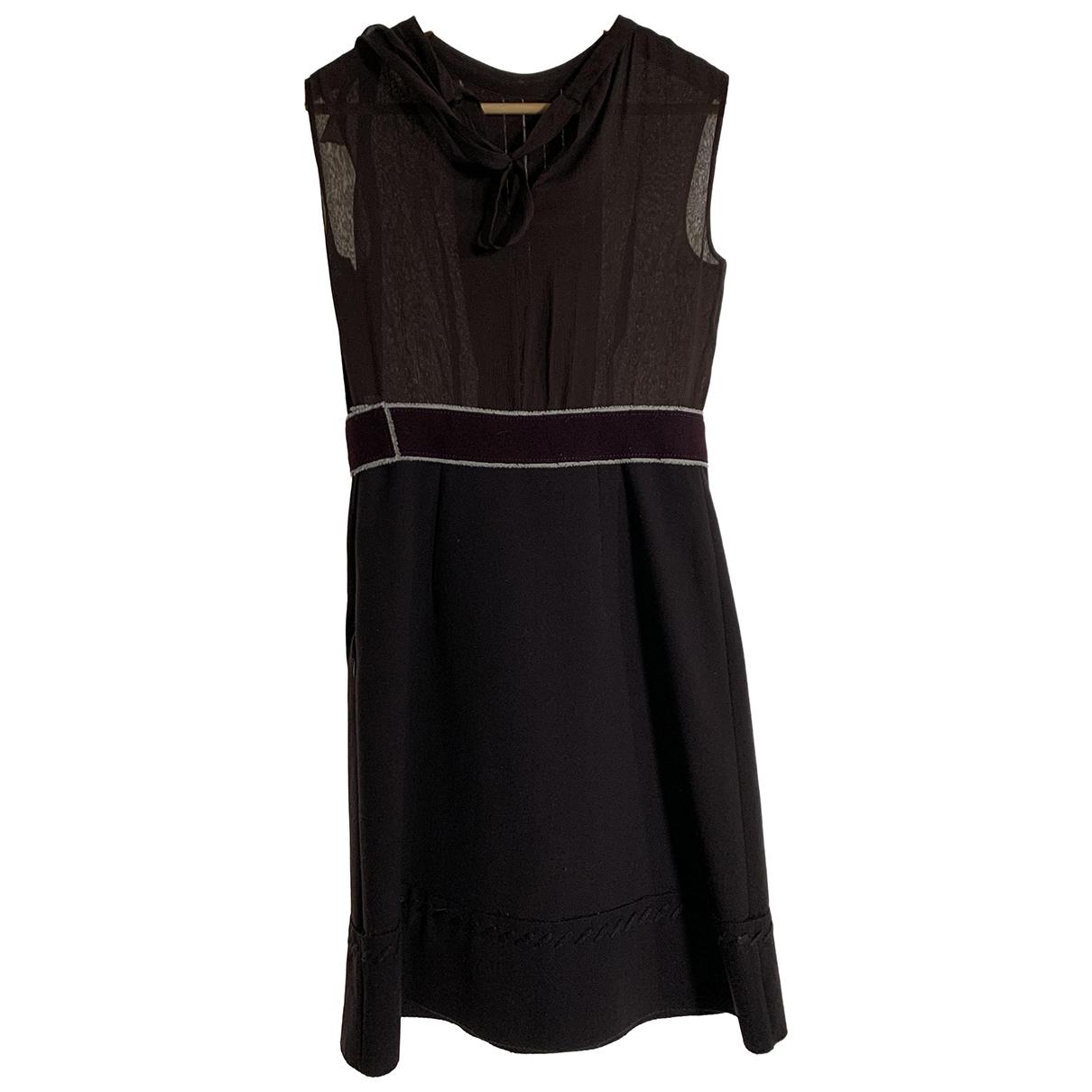 Prada \N Brown Wool dress for Women 40 IT
