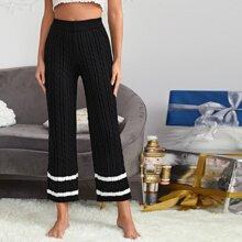 Pantalones tejidos de cable de rayas