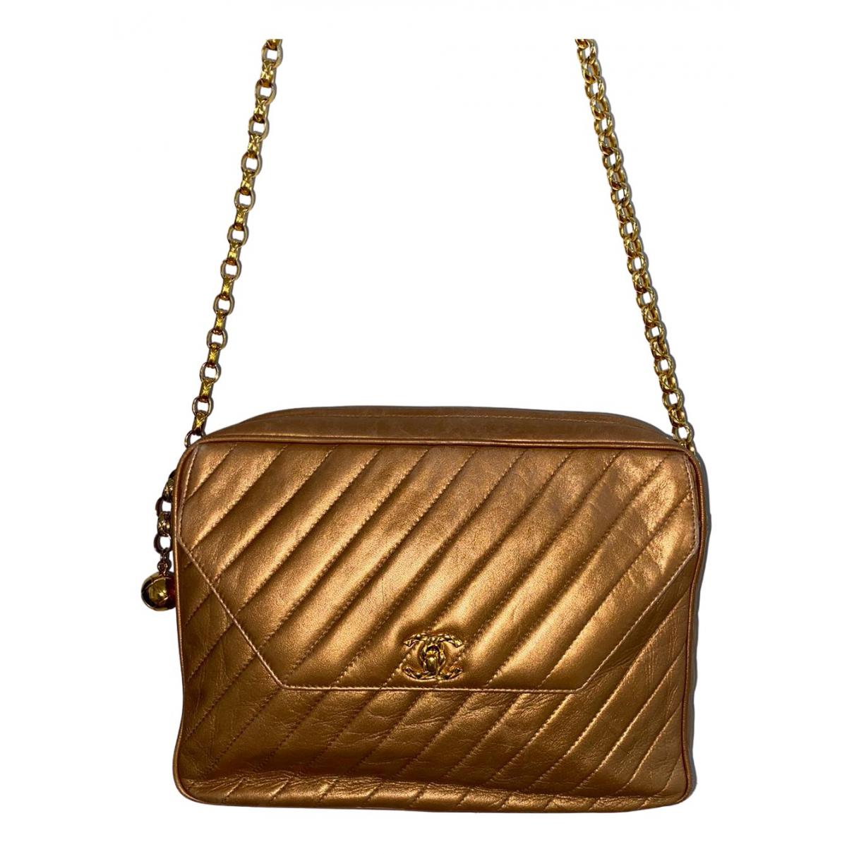 Chanel \N Gold Leather handbag for Women \N