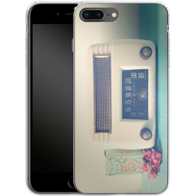 Apple iPhone 8 Plus Silikon Handyhuelle - Retro Radio von Joy StClaire