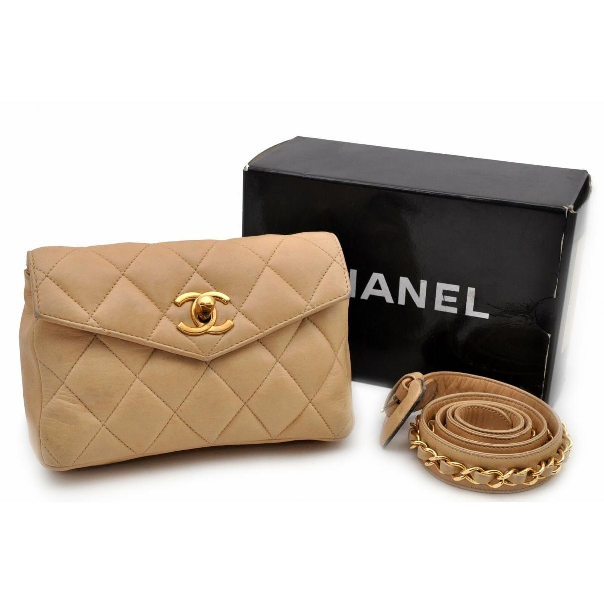 Chanel \N Clutch in  Beige Leder
