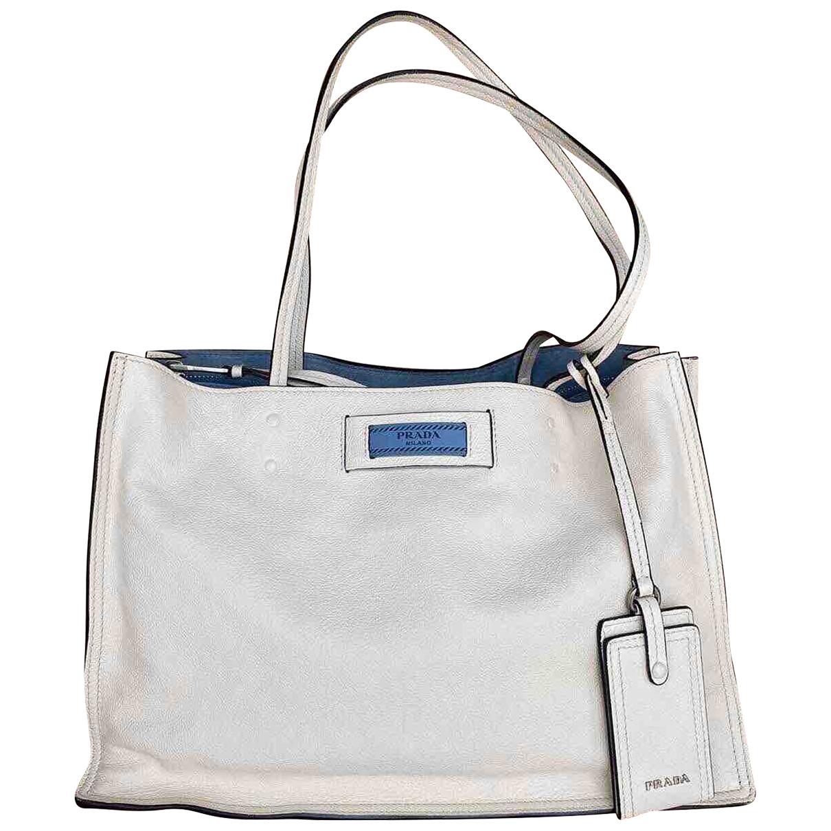 Prada Etiquette Handtasche in  Weiss Leder