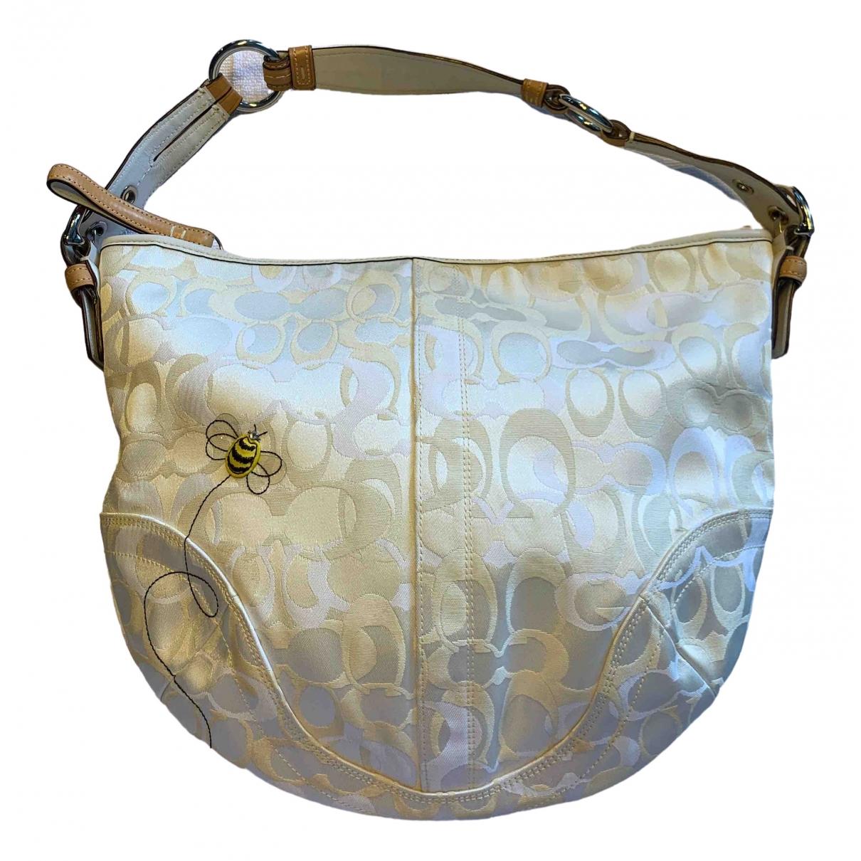 Coach \N White Cloth handbag for Women \N