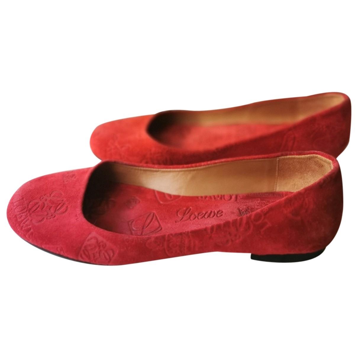 Loewe \N Red Suede Ballet flats for Women 37 EU