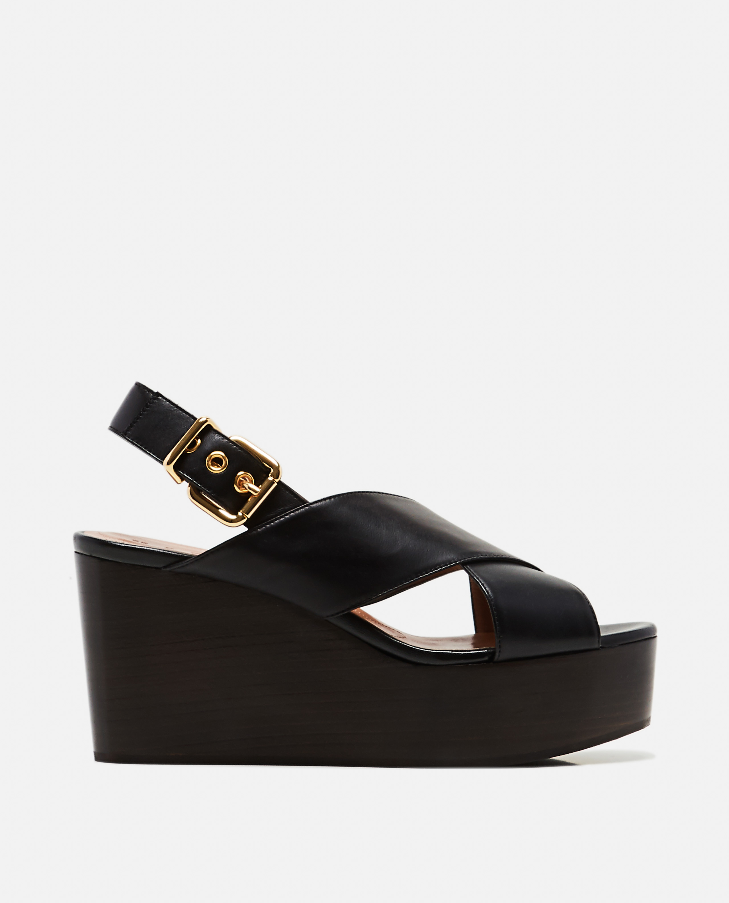 Leather sandals with wedge