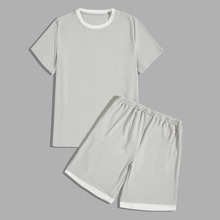 Men Contrast Trim Rib-Knit Tee With Shorts