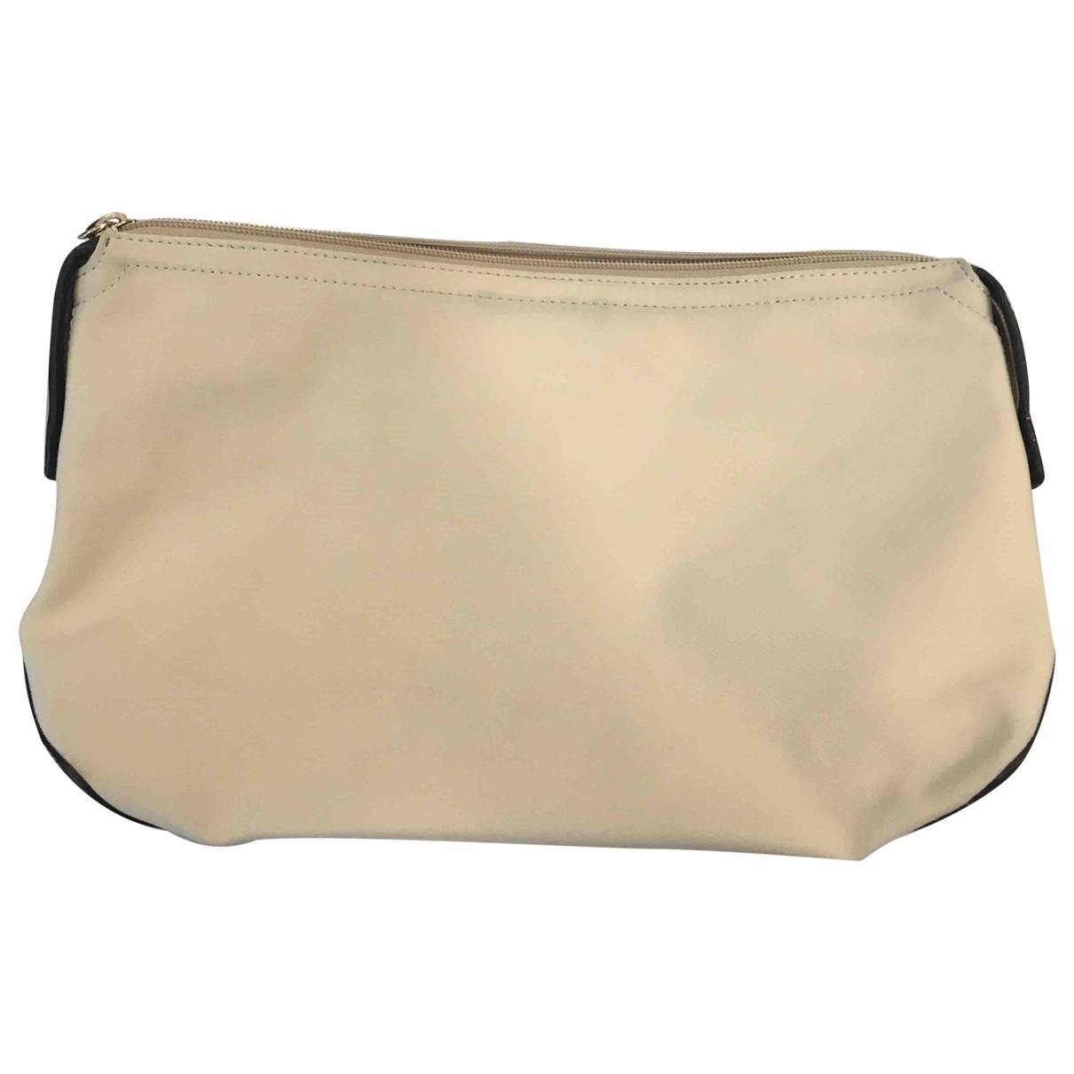 Loewe \N Beige Cloth Clutch bag for Women \N