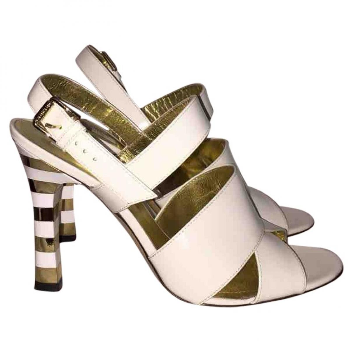 Max Mara \N White Patent leather Sandals for Women 38 EU