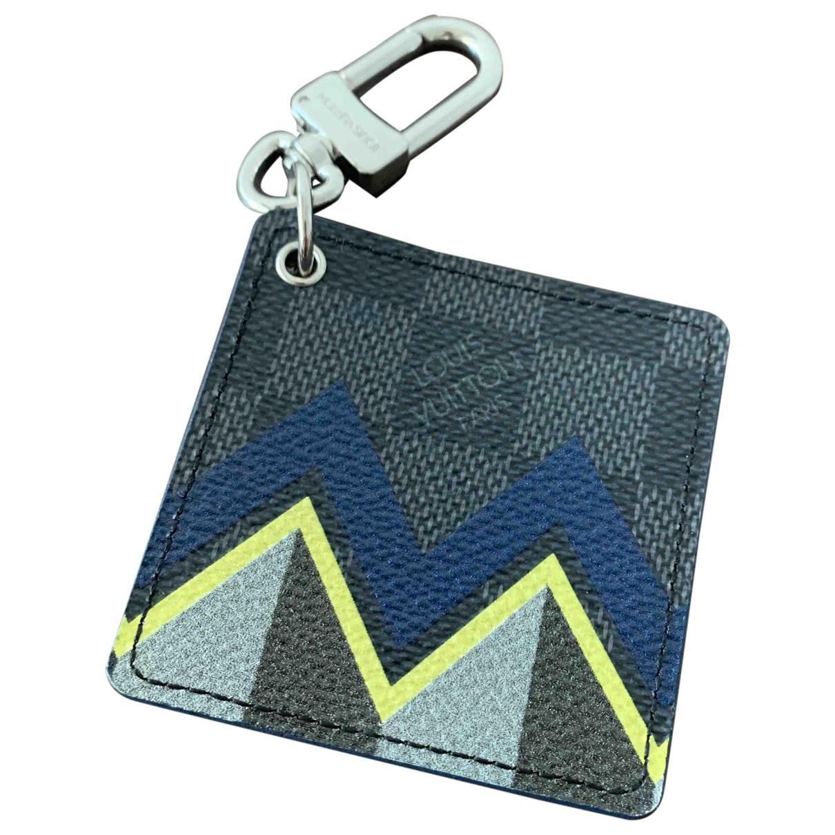 Louis Vuitton \N Multicolour Cloth Small bag, wallet & cases for Men \N