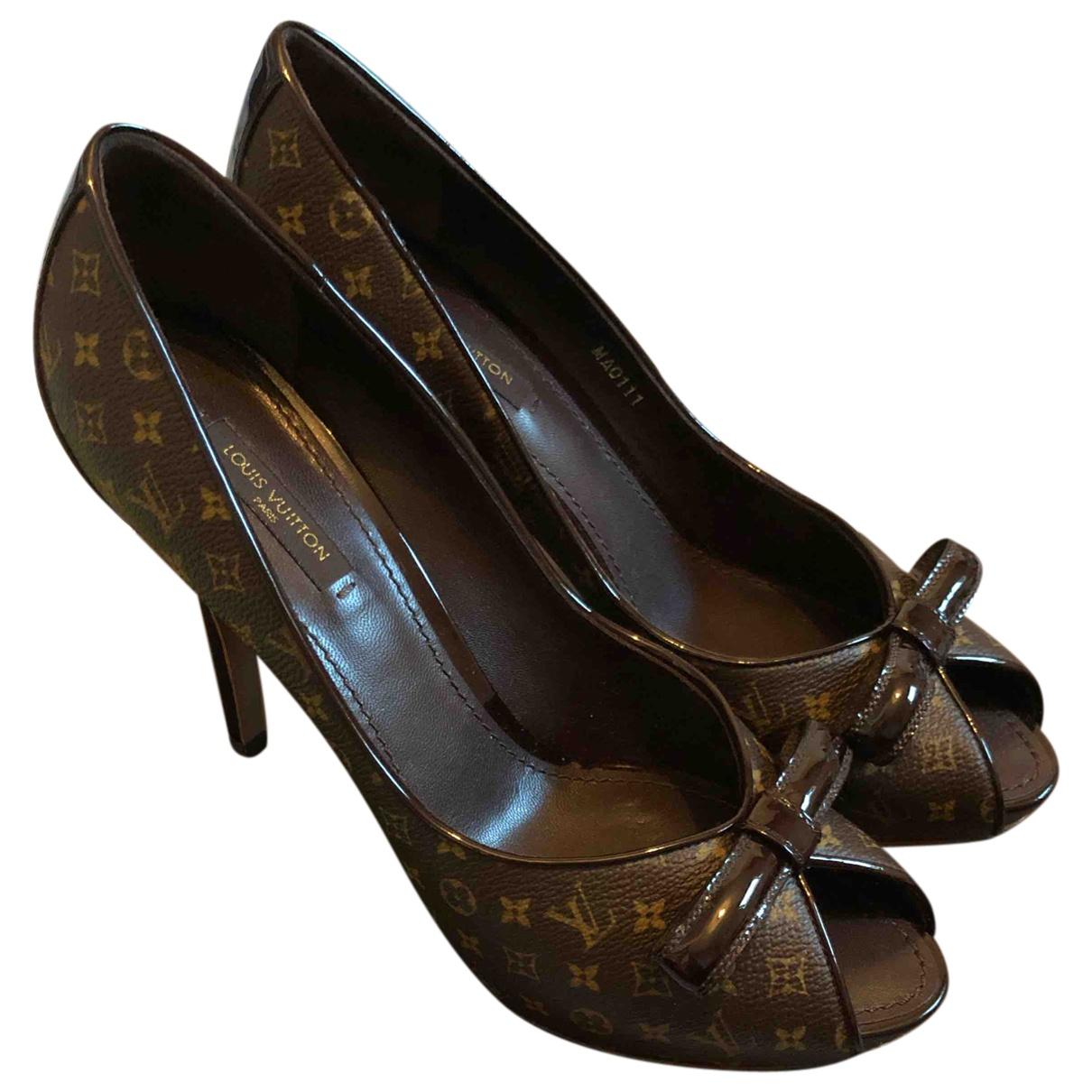 Louis Vuitton - Escarpins   pour femme en cuir - marron