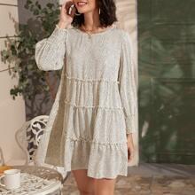 Kleid mit Ruesche, Laternenaermeln, Rueschenbesatz und Punkten Muster