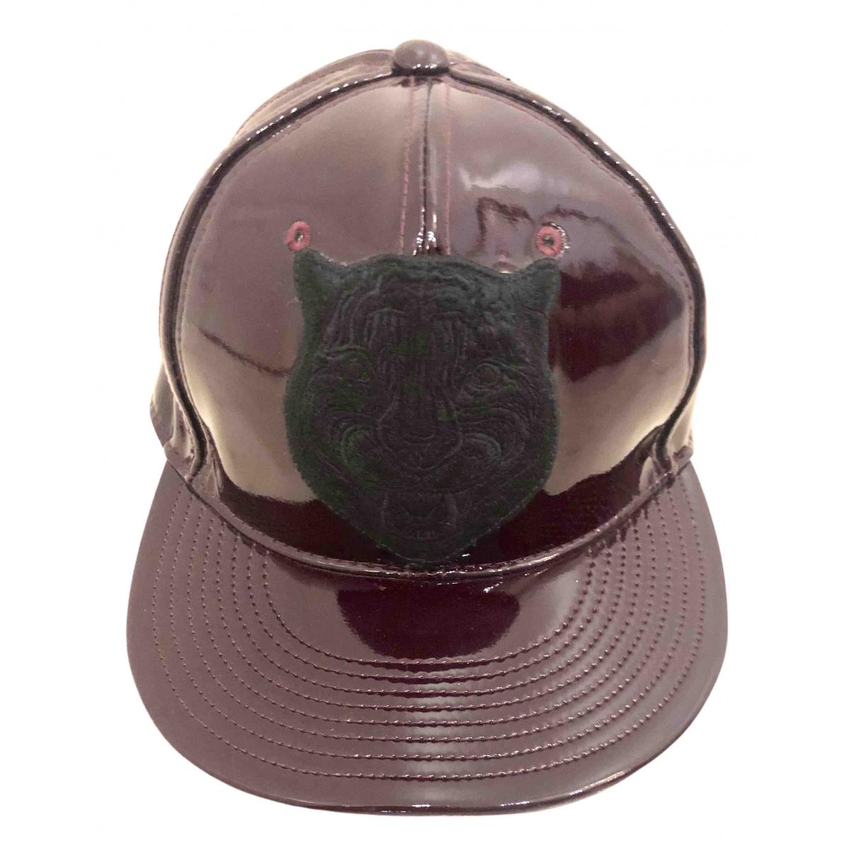 Gucci - Chapeau & Bonnets   pour homme en cuir verni - bordeaux