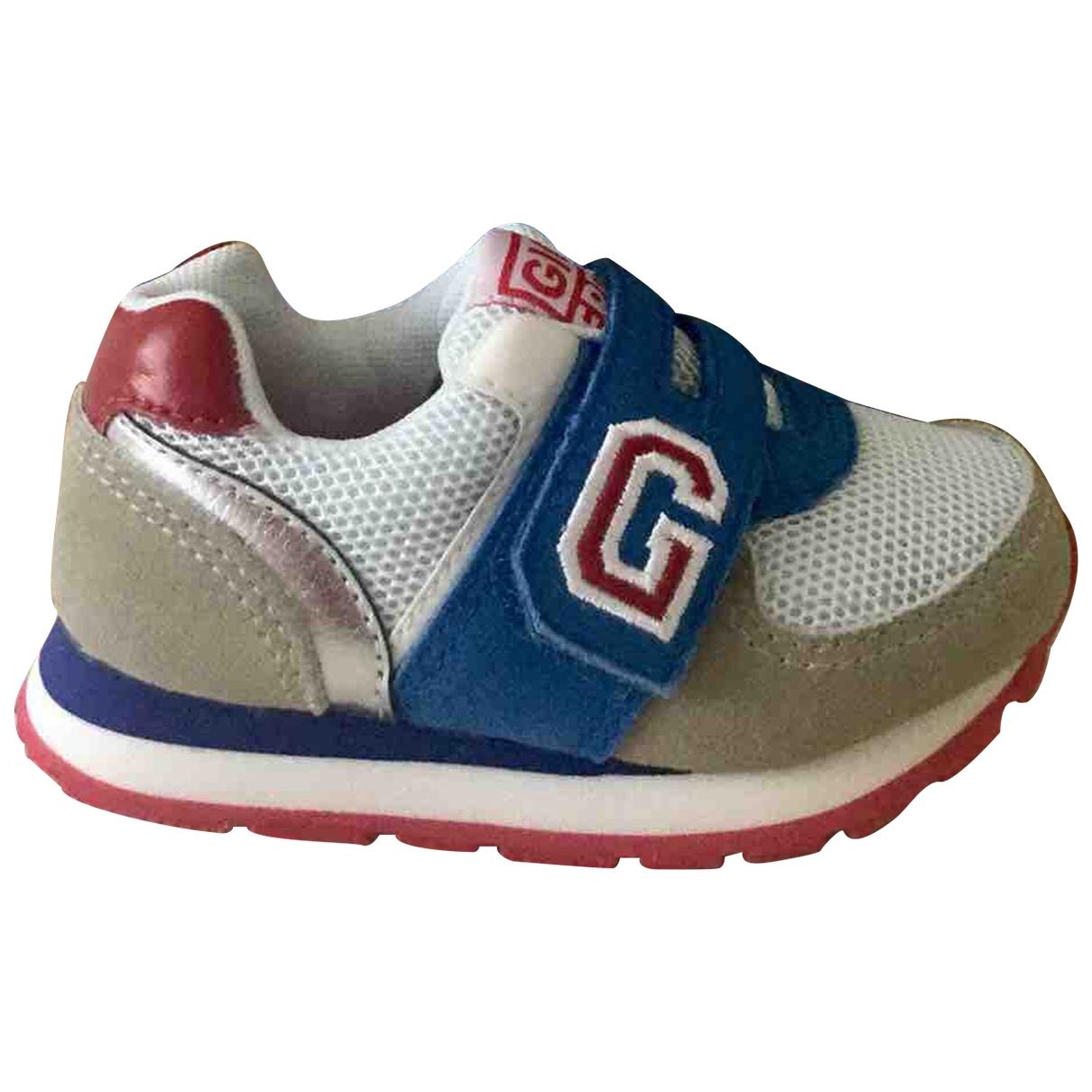Gioseppo \N Sneakers in  Bunt Leder