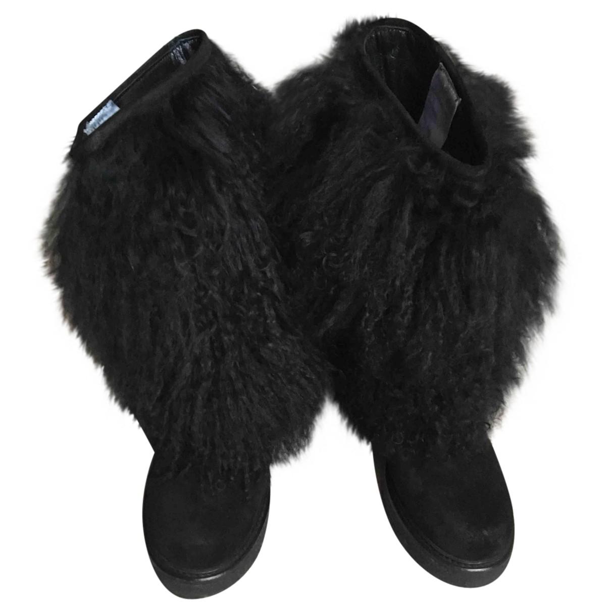 Moncler N Black Mongolian Lamb Boots for Women 36 EU