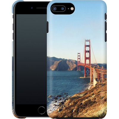 Apple iPhone 7 Plus Smartphone Huelle - Golden Gate Galore von Omid Scheybani