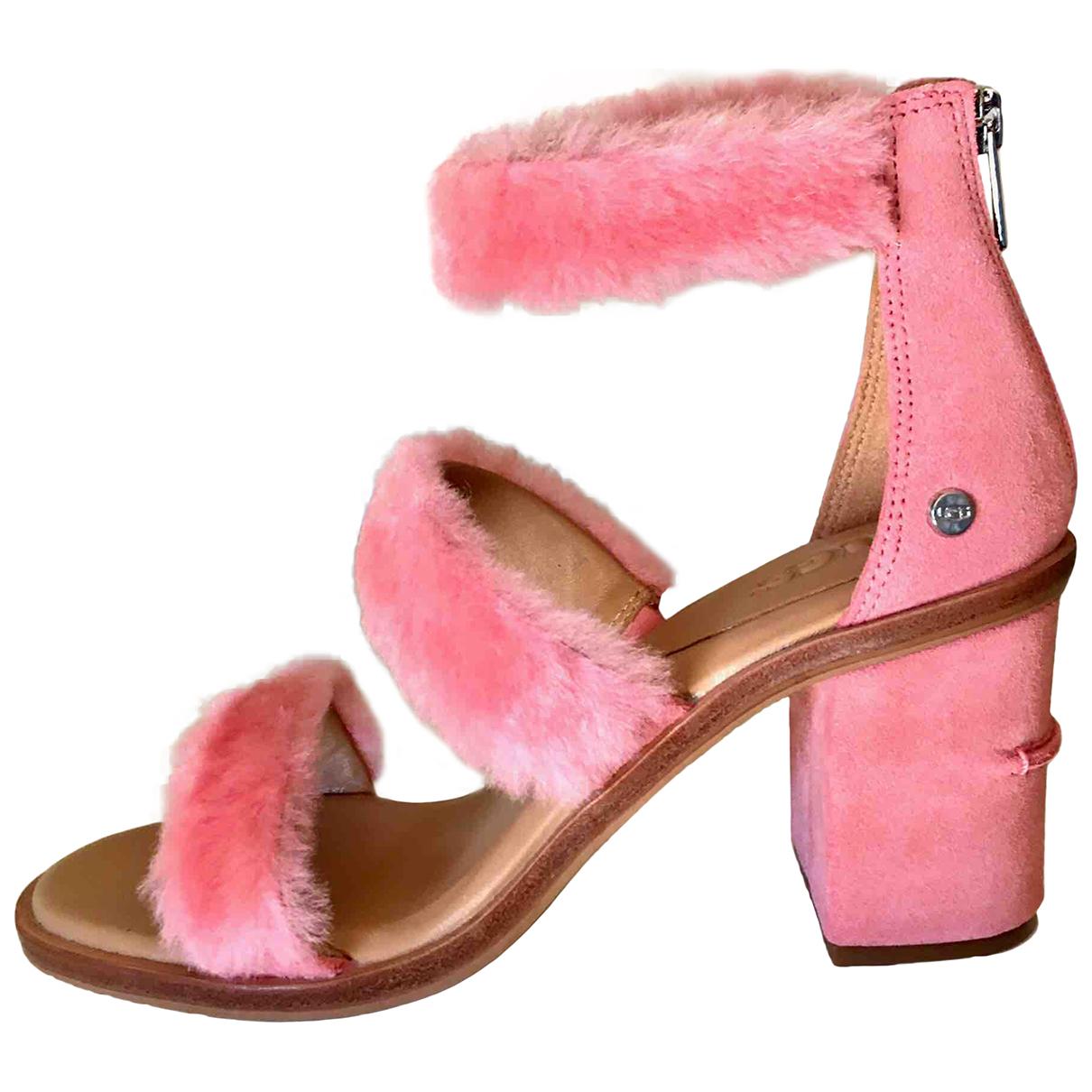Ugg \N Sandalen in  Rosa Schaf