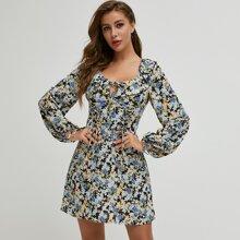 Kleid mit Laternenaermeln, Knoten und Blumen Muster