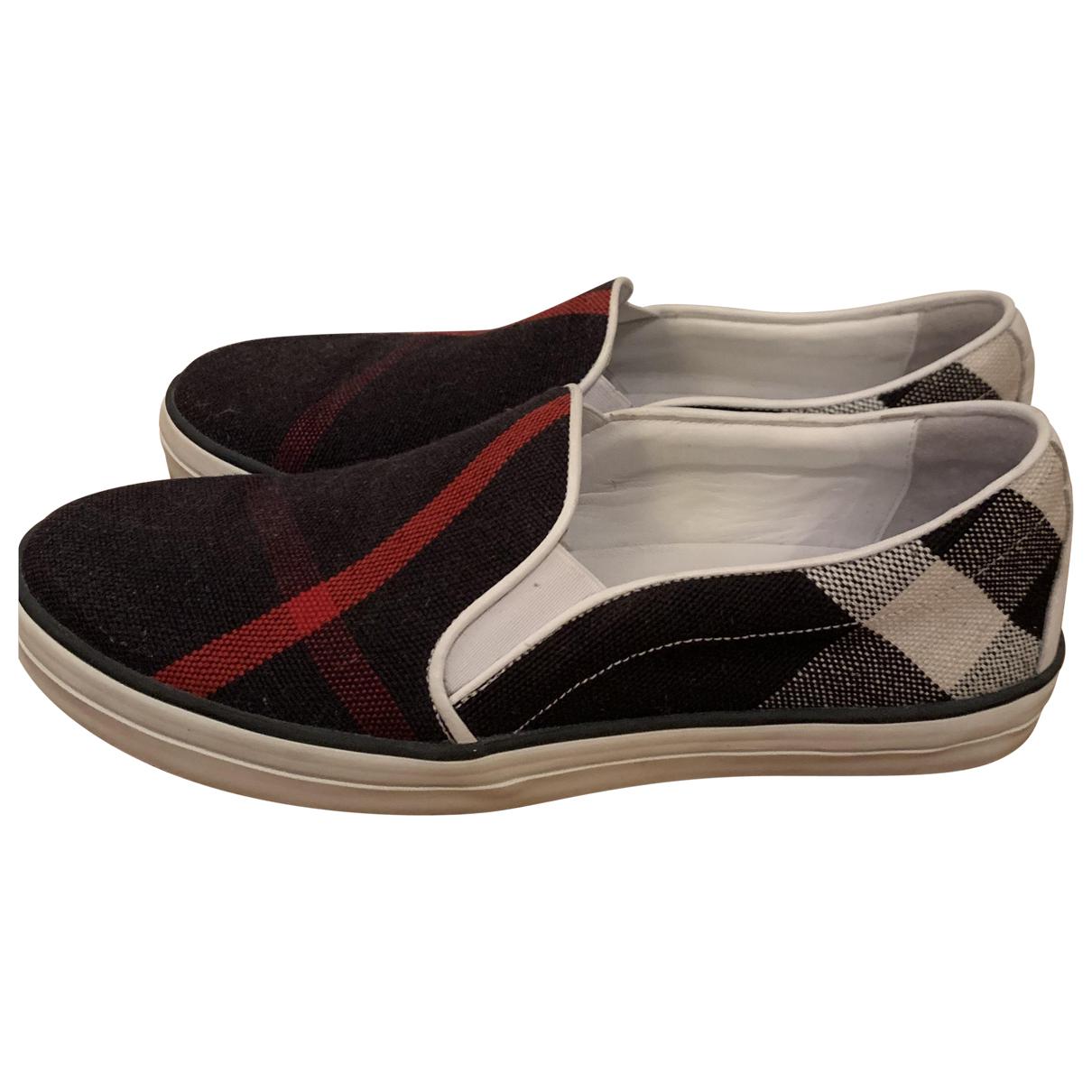 Burberry \N Sneakers in  Bunt Leinen