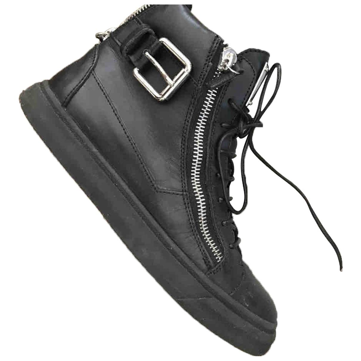 Giuseppe Zanotti Nicki Sneakers in  Schwarz Leder