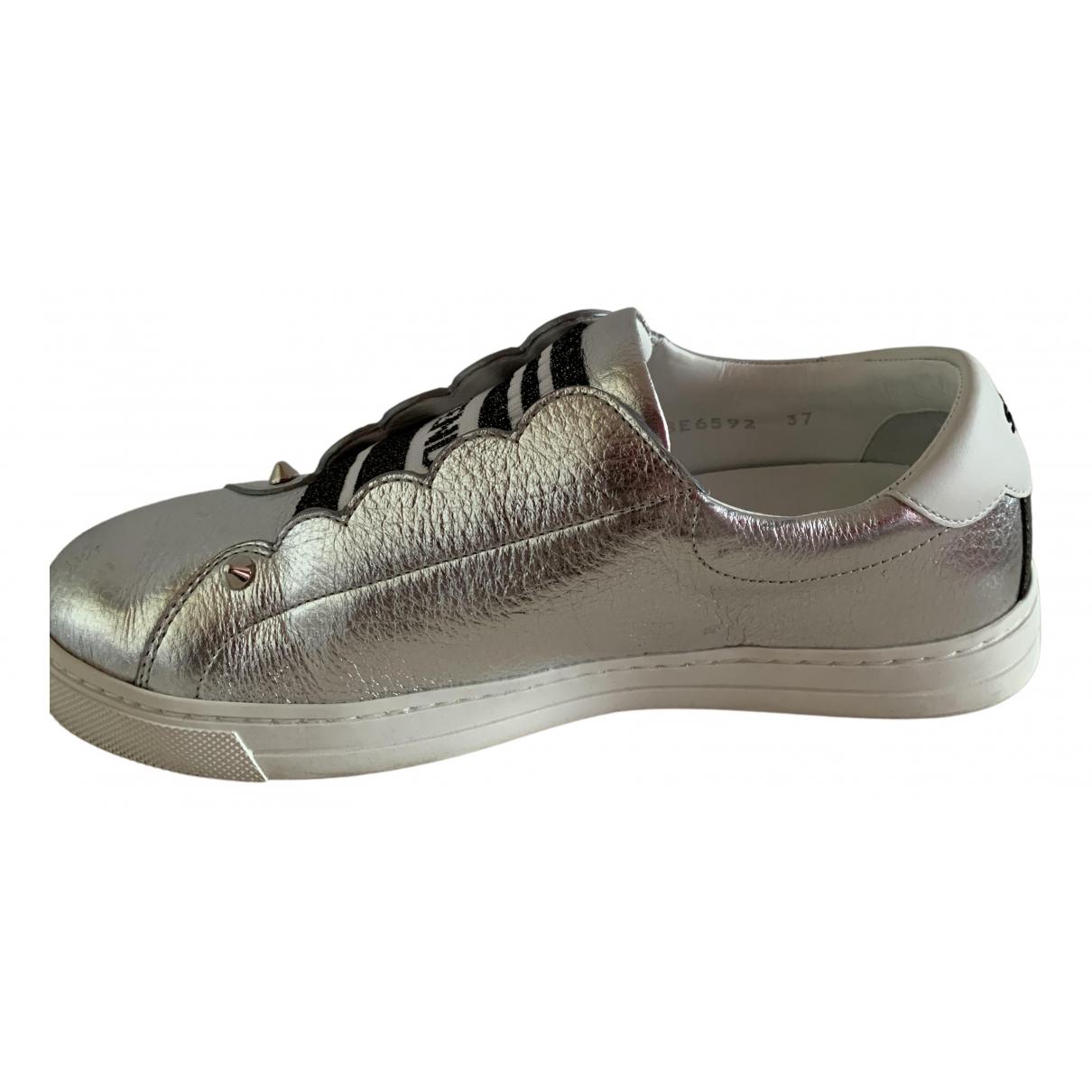 Fendi \N Sneakers in  Silber Leder