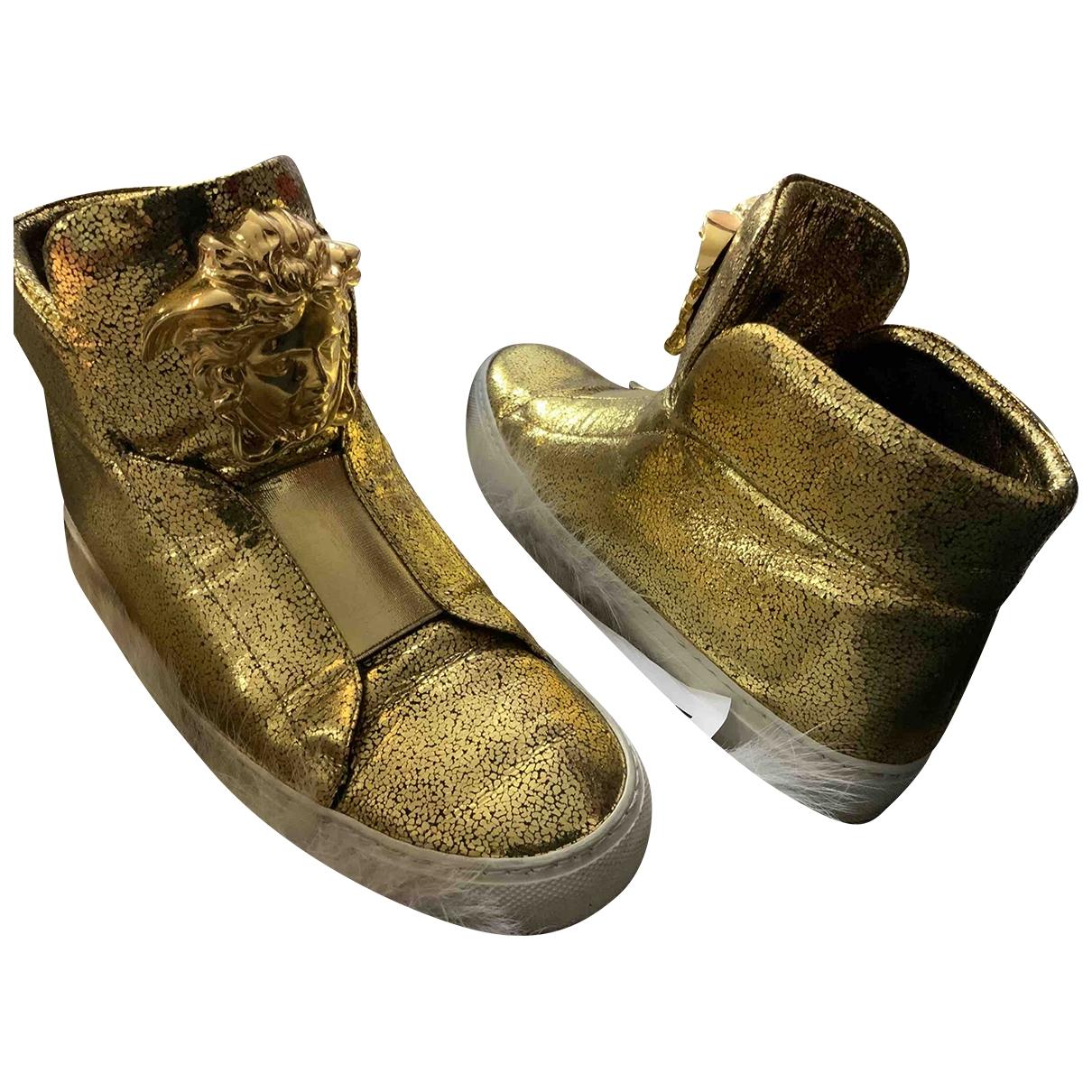 Versace \N Sneakers in  Gold Leder