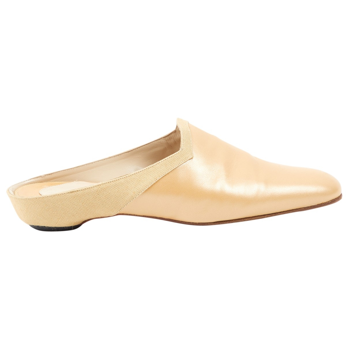 Christian Louboutin \N Beige Leather Mules & Clogs for Women 37.5 EU