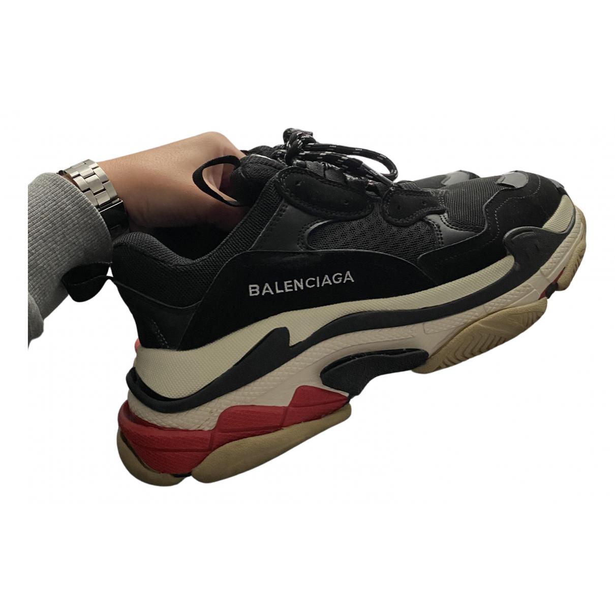 Balenciaga - Baskets Triple S pour homme en cuir - noir