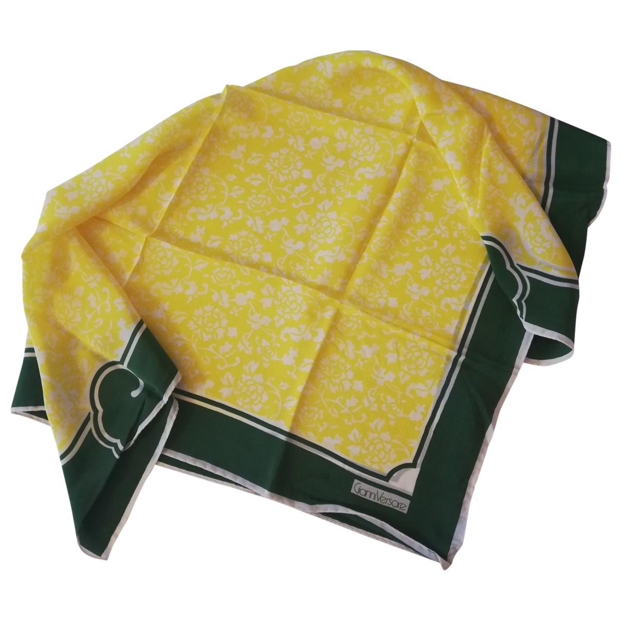 Gianni Versace \N Yellow Silk scarf for Women \N