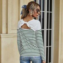 T-Shirt mit Streifen, Ausschnitt und Band hinten