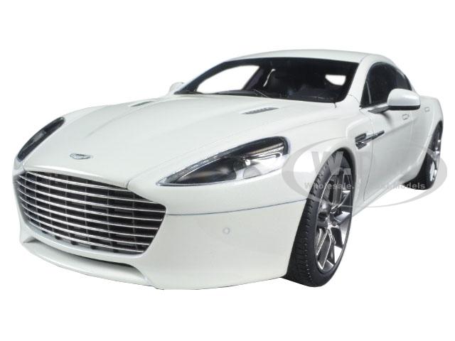 2015 Aston Martin Rapide S Stratus White 1/18 Diecast Model Car by Autoart