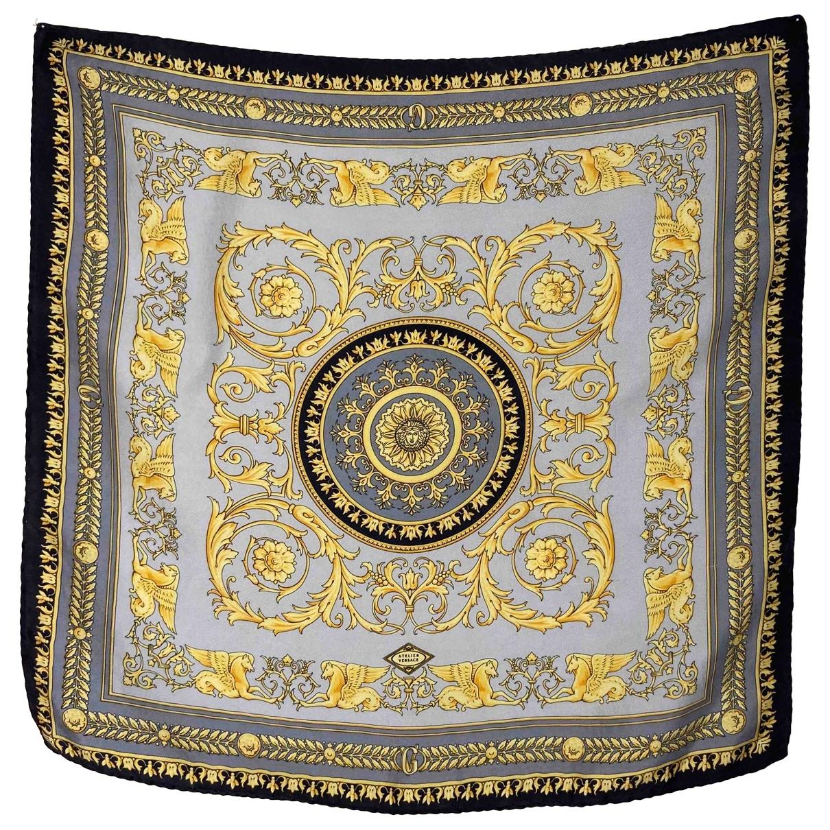 Gianni Versace - Foulard   pour femme en soie - jaune