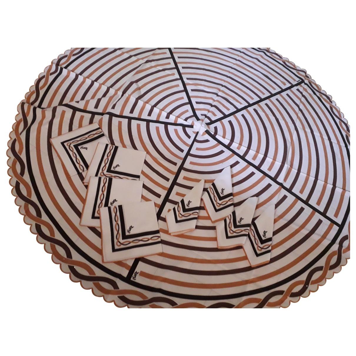 Textil de hogar Yves Saint Laurent