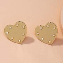 Faux Pearl Decor Heart Design Stud Earrings