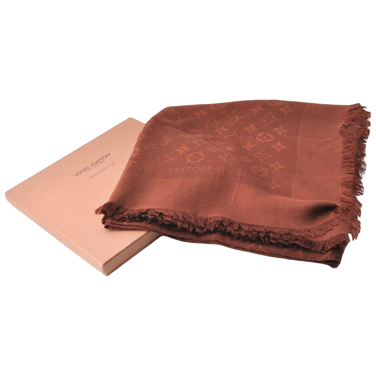Louis Vuitton N Brown Wool scarf for Women N