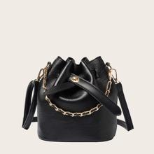 Bolso cubo con hebilla con cadena con bolso clutch