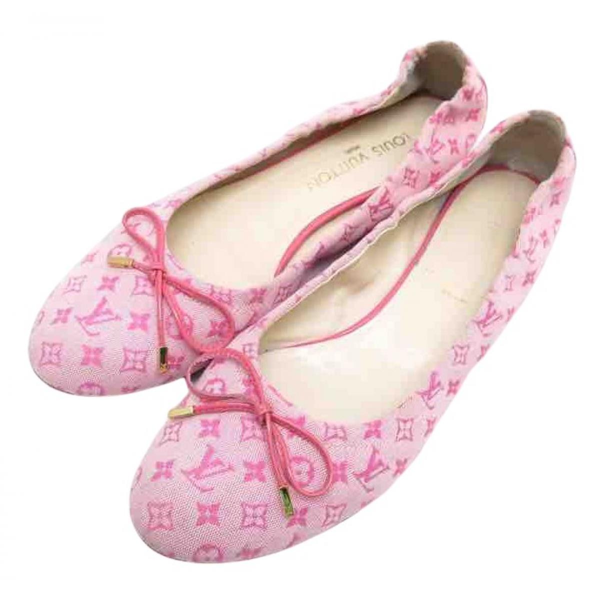 Louis Vuitton \N Ballerinas in  Rosa Leinen