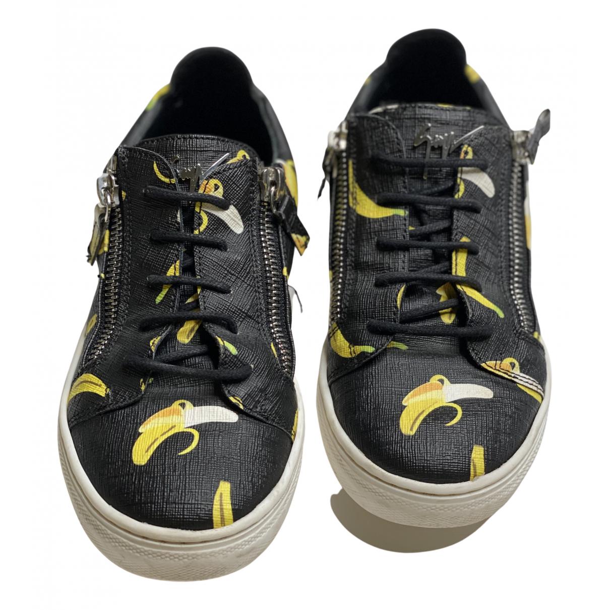 Giuseppe Zanotti \N Sneakers in  Bunt Leder