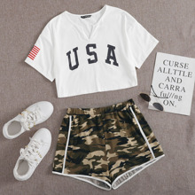 Crop T-Shirt mit eingekerbtem Kragen und Track Shorts mit Kontrast Bindung und Camo Muster