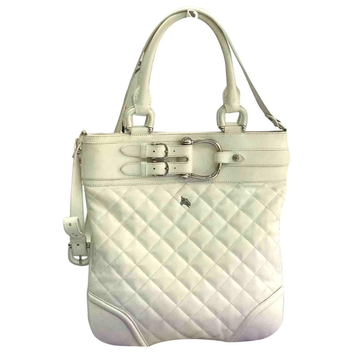 Burberry \N Handtasche in  Weiss Leder
