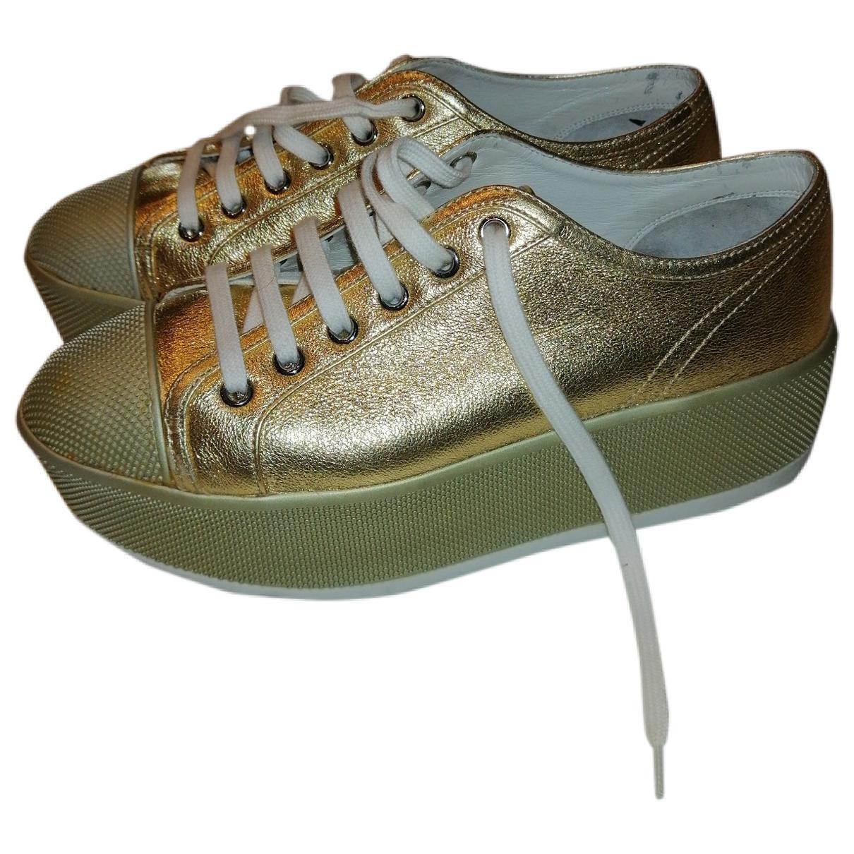 Prada \N Sneakers in  Gold Leder