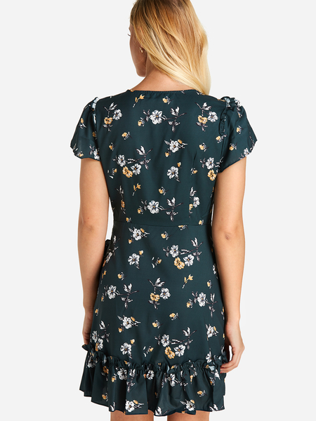 Yoins Green Tiered Design Calico Deep V Neck Mini Wrap Dress