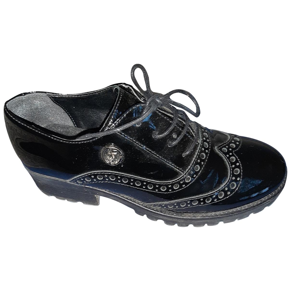 Emporio Armani \N Black Patent leather Lace ups for Women 38 EU