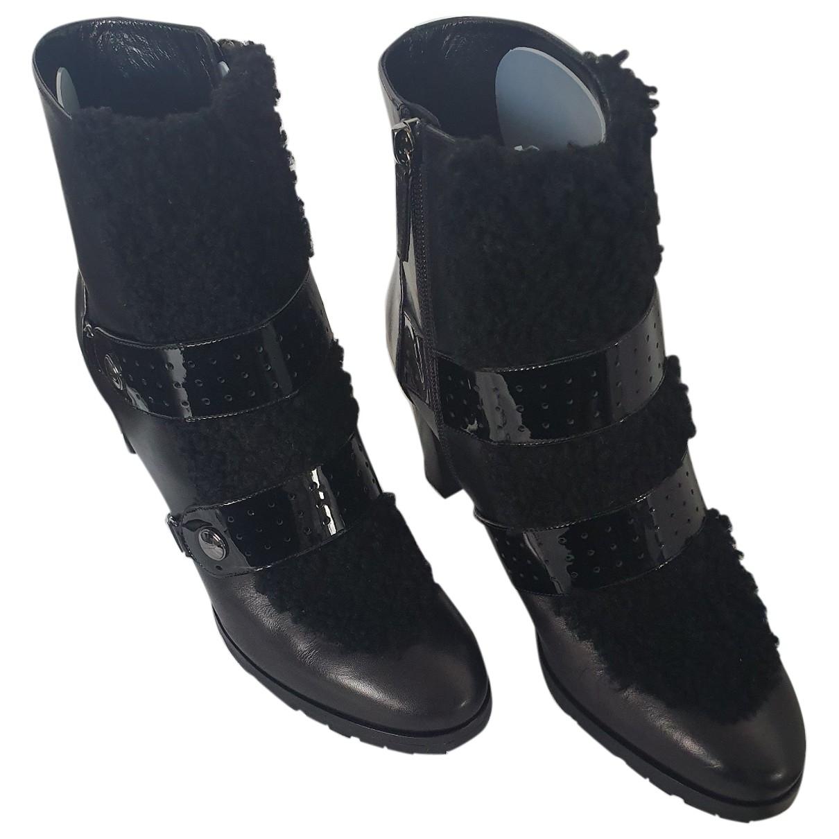 Longchamp \N Stiefel in  Schwarz Leder