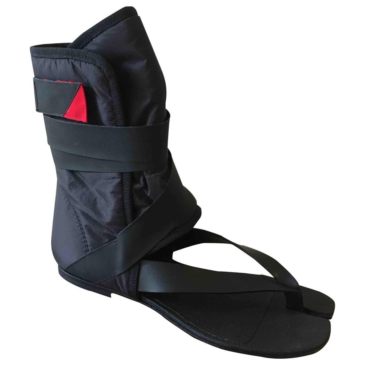 Maison Martin Margiela Tabi Black Leather Sandals for Women 35 EU