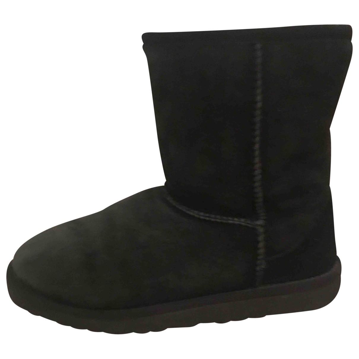 Ugg \N Black Leather Boots for Kids 33 EU