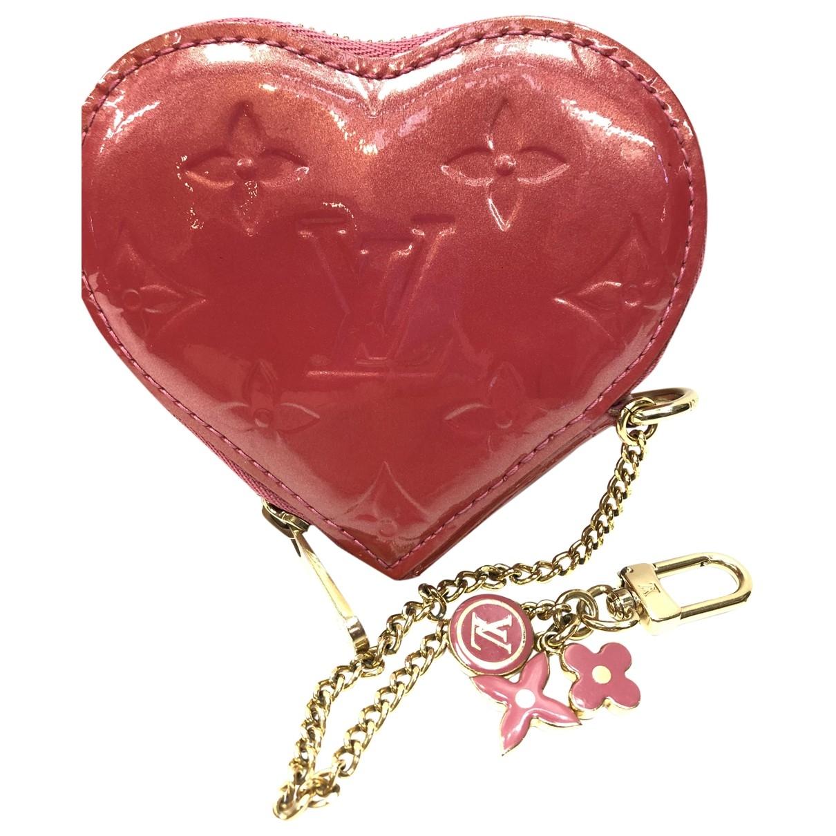 Louis Vuitton \N Kleinlederwaren in  Rosa Lackleder