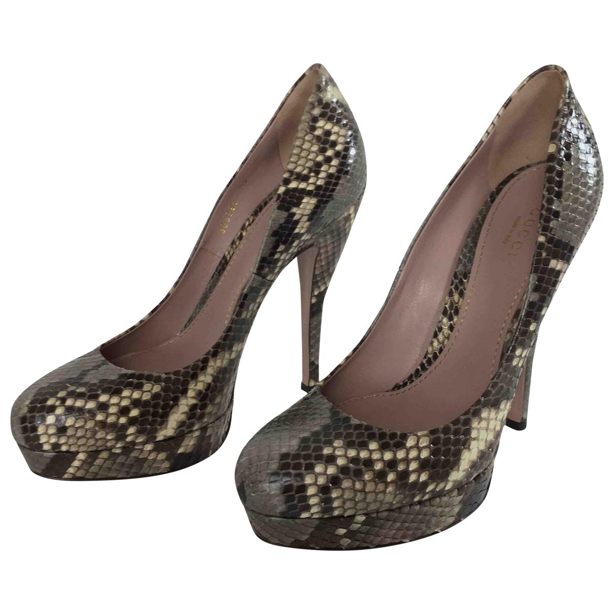 Gucci - Escarpins   pour femme en python - gris