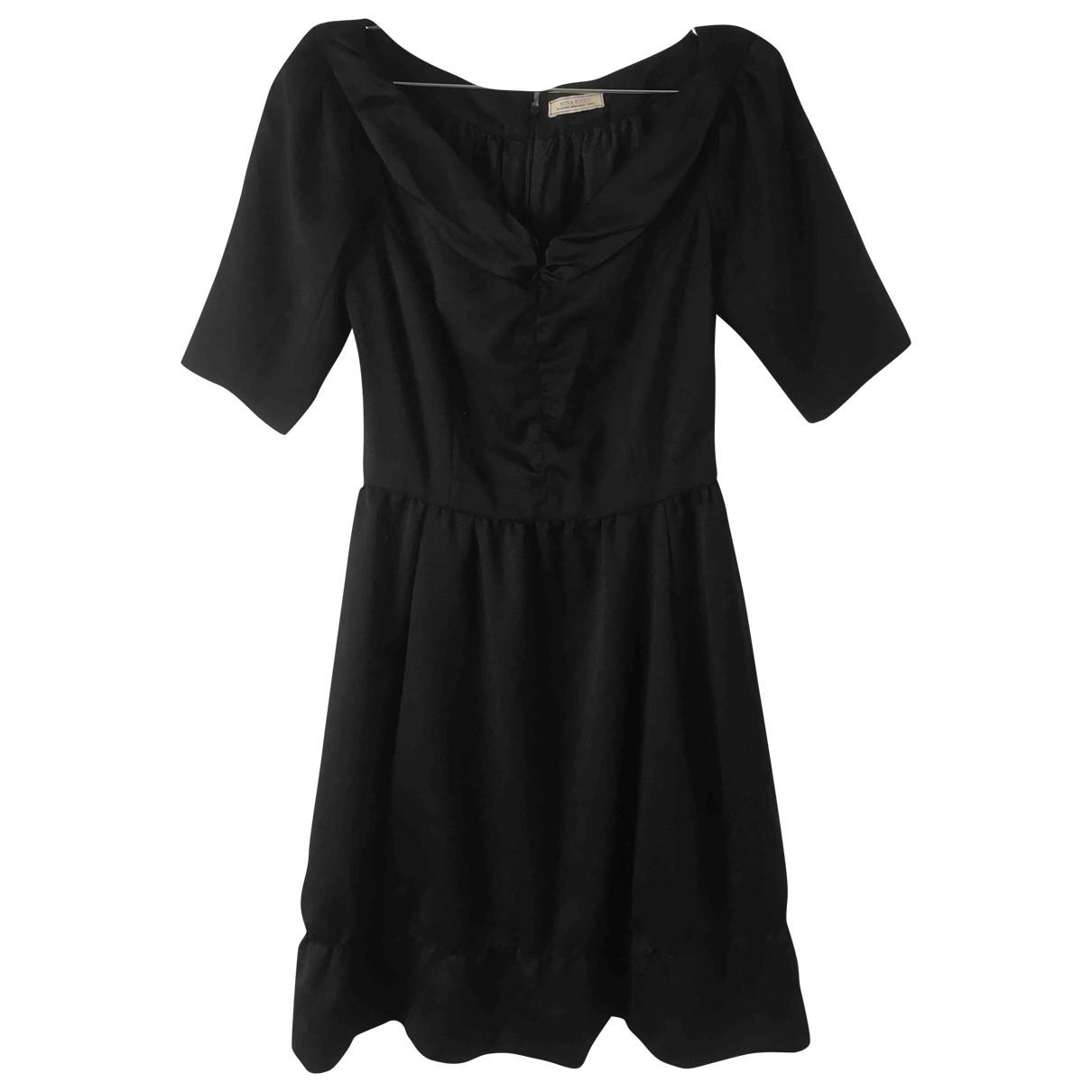 Nina Ricci \N Kleid in  Schwarz Wolle