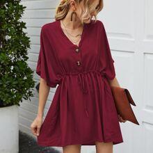 Kleid mit halber Knopfleiste, Fledermausaermeln und Kordelzug